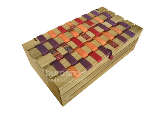 hộp nan đan thổ cẩm